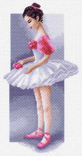 1473 Маленькая балерина - рисунок на канве (МП)