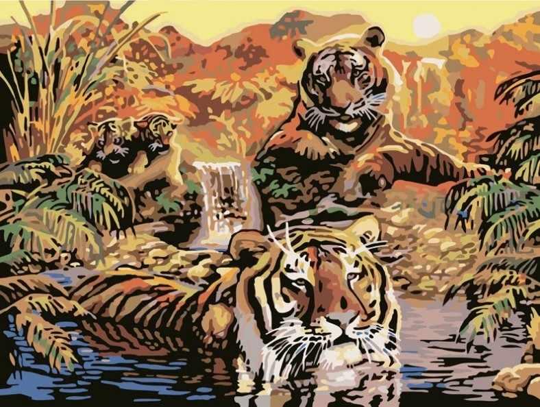 352-CG Семья тигров (Белоснежка)
