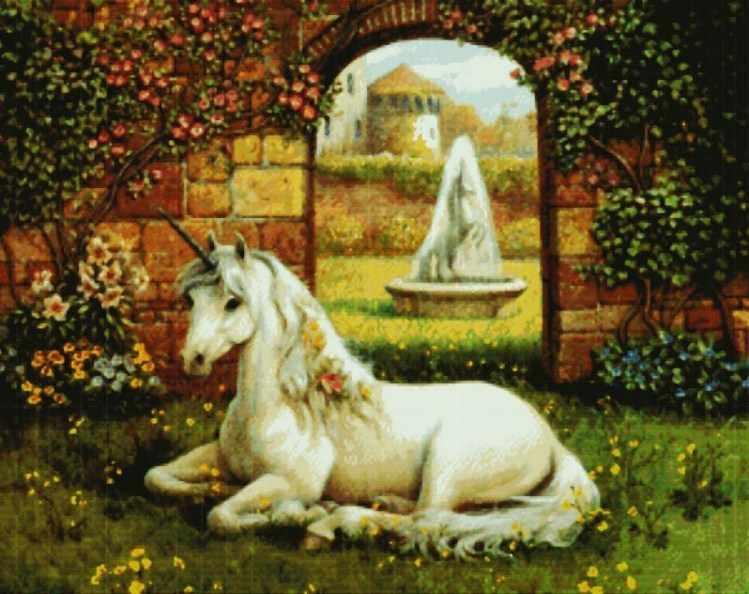 8010-16 Единорог на траве (Белоснежка)