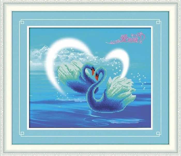 8326 Лебеди - мозаика Anya