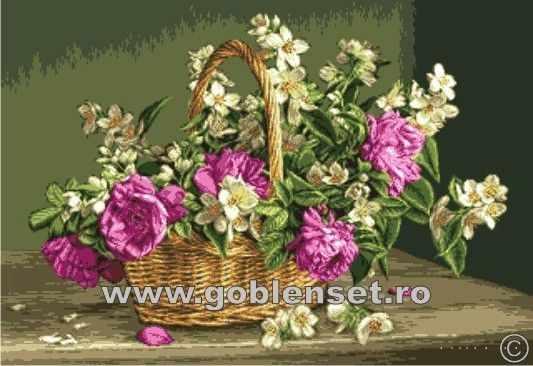 998 Корзина с розами и жасмином