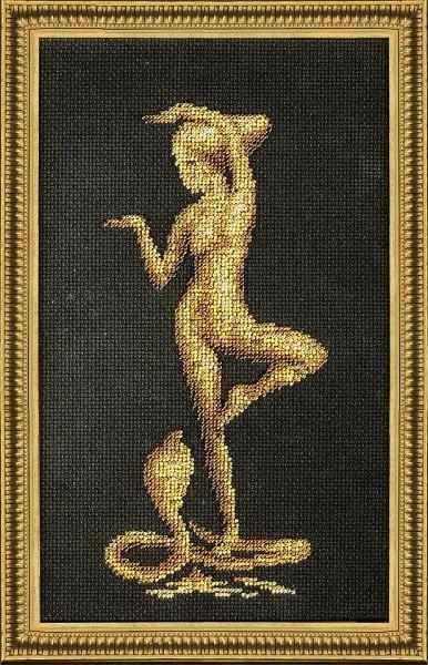 БС-005 Девушка с коброй. Бисерная россыпь.