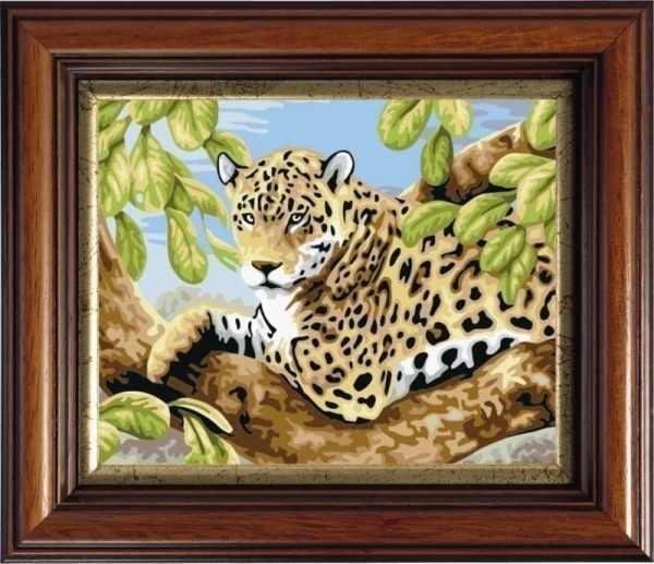 CKC504 Леопард на ветвях