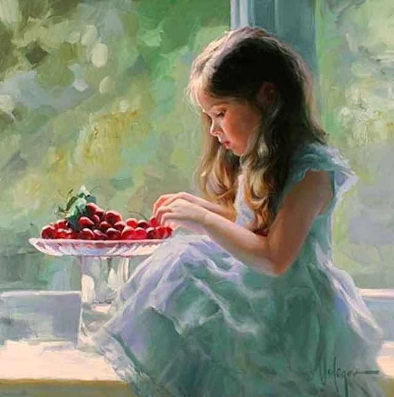 GХ8196 Девочка кушает ягоды