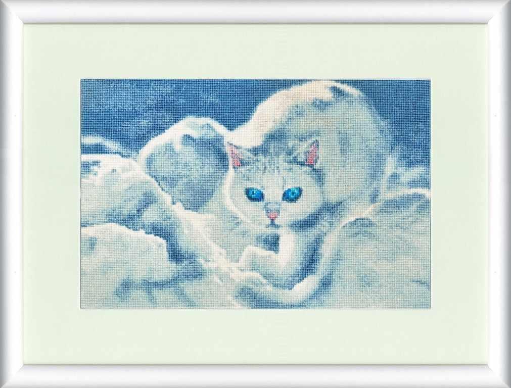 ГТ-042 Белый кот.Графика в синих тонах