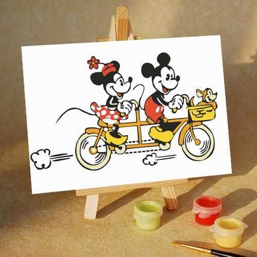 MA241 Микки и Минни на велосипеде- раскраска (Menglei)