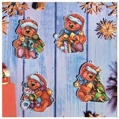 OR 7622 Мишки в рождественских колпаках