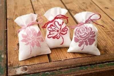 PN-0155319 Розовые цветы (Vervaco)