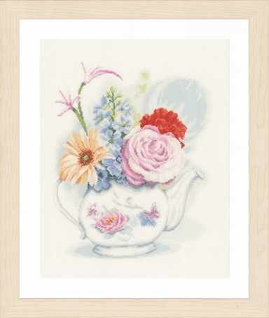 PN-0155692 Flowers in teapot (Lanarte)