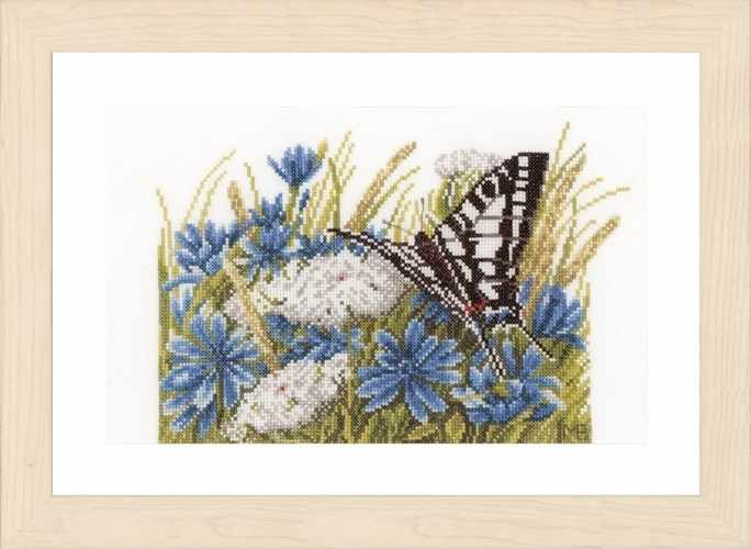 PN-0156941 Butterfly with cornflowers (Lanarte)