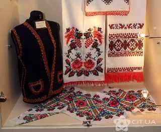 В Симферополе выбирают лучшие вышивки