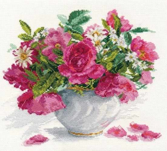 2-25 Цветущий сад. Розы и ромашки