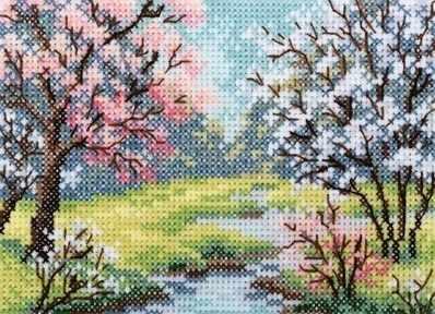 EH352 Деревья в цвету