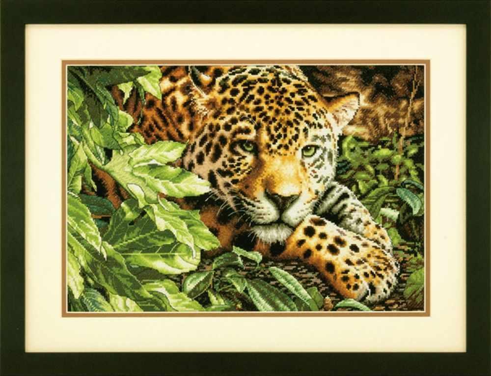 35300-70-DMS Leopard in Repose (Отдыхающий леопард)