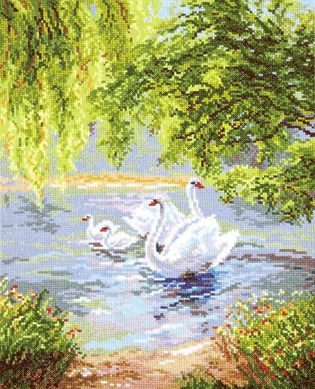 44-02 Лебеди