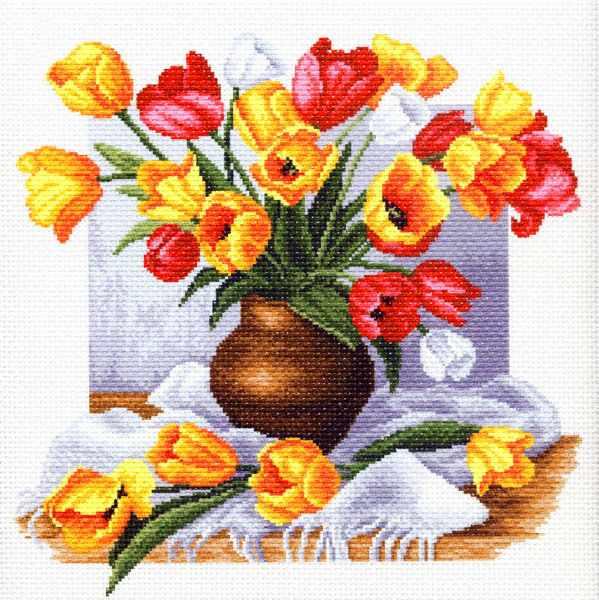 1269 Тюльпаны - рисунок на канве (МП)