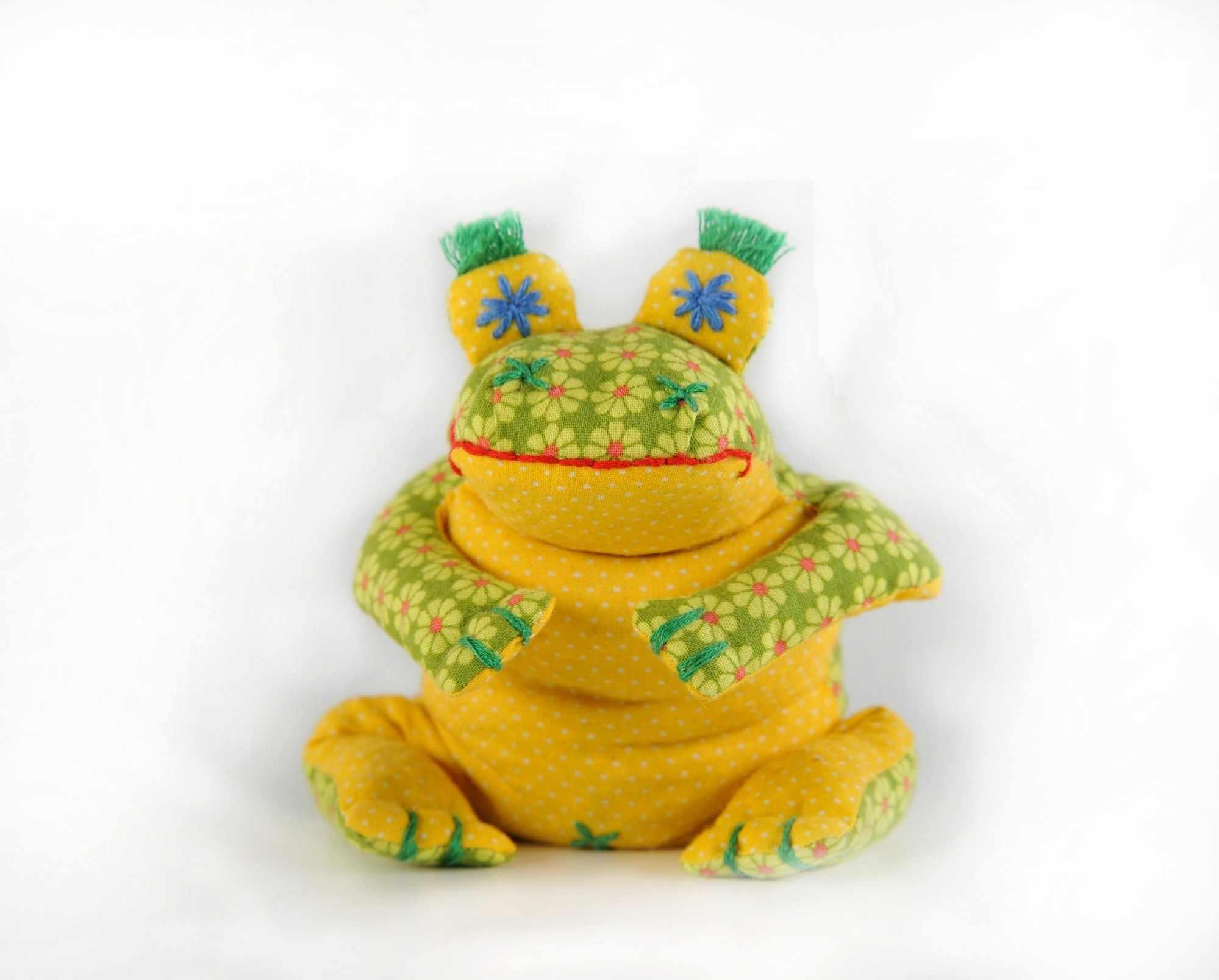 П 114 Лягушенок Ква - игрушка (Перловка)