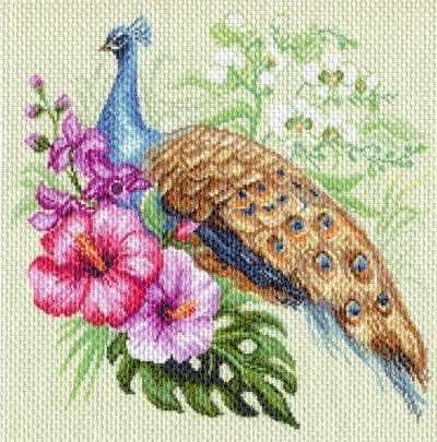 1726 Павлин в цветах - рисунок на канве (МП)
