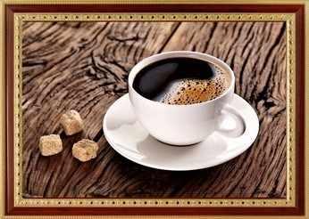 111 Чашка кофе на столе