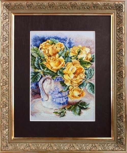 M599  Желтые розы