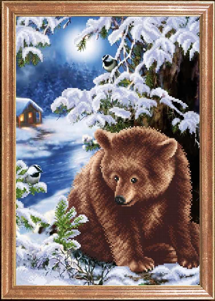КС-100 Медведь под елкой - схема для вышивания (Магия канвы)