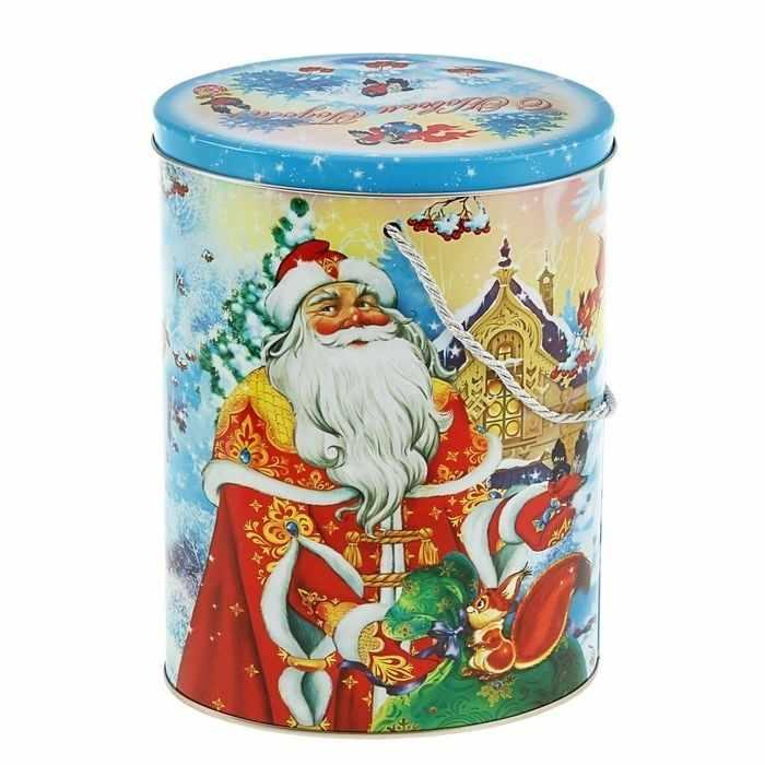 """1627210 Подарочная коробка """"В гостях у Деда Мороза"""""""