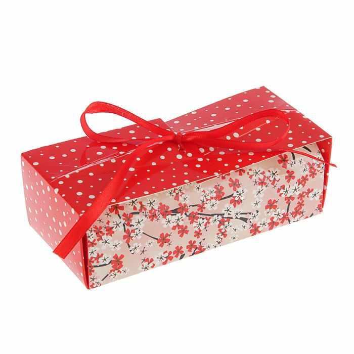 """2121479 Коробка для сладостей """"Красное и белое"""""""