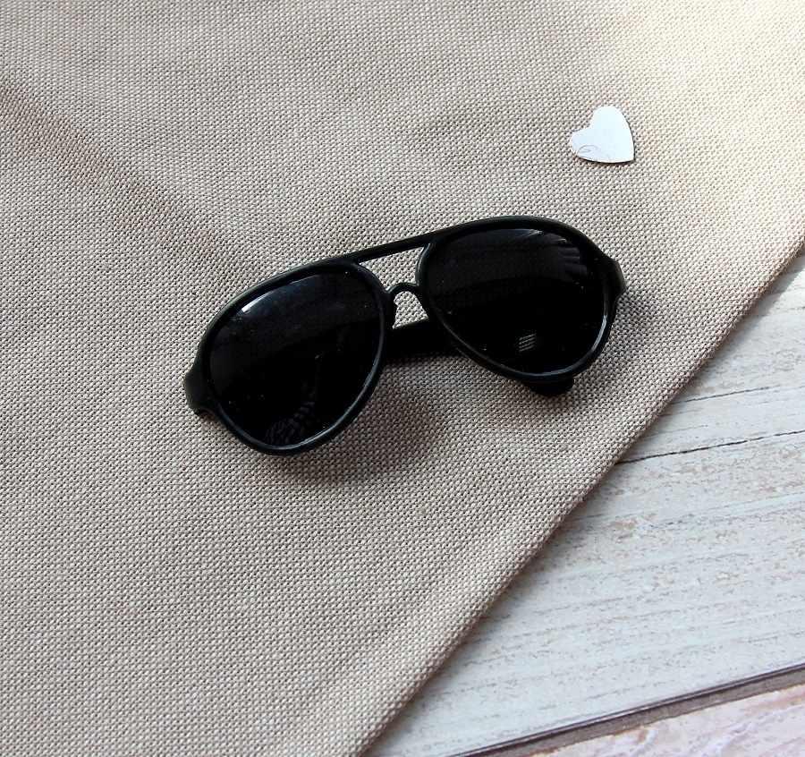 Очки пластик солнечные