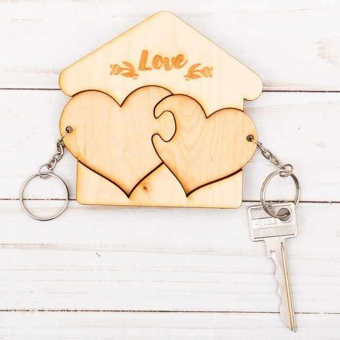 "3504334 Ключницы с брелоками ""Love"" сердечки"