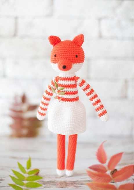 2724099 Наборы для вязания амигуруми: Мягкая игрушка «Лисичка Дороти»