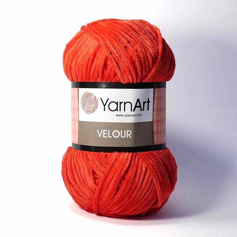 Пряжа YarnArt Velour Цвет. 846 Красный