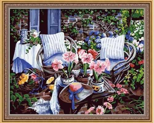 """MG016 """"В летнем саду"""" - раскраска (Menglei)"""
