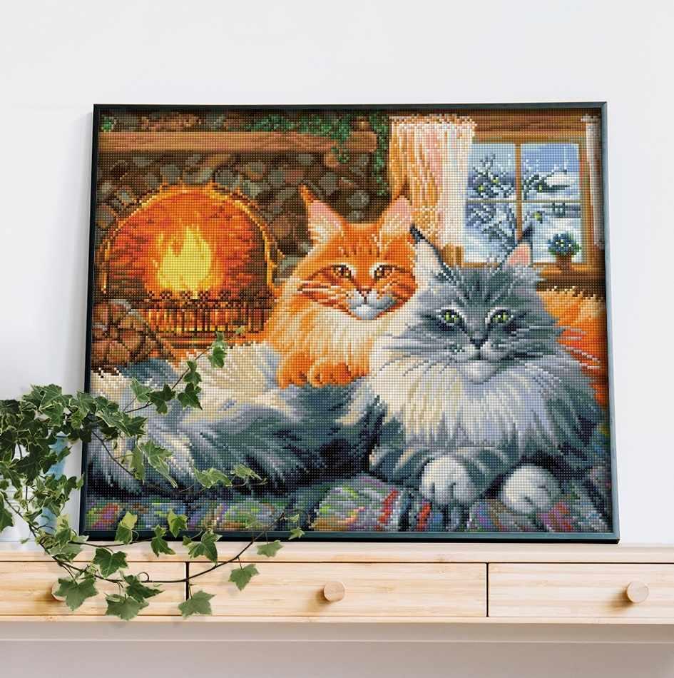 Кошачий уют (АЖ-1649) - картина стразами