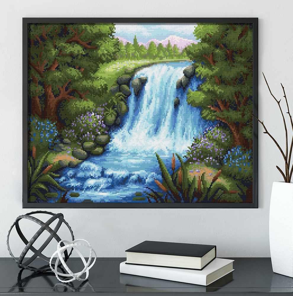 Тихий водопад (АЖ-1654) - картина стразами