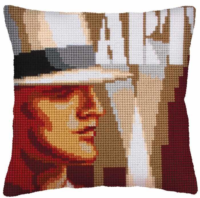 5235 Подушка для вышивания (Белая)