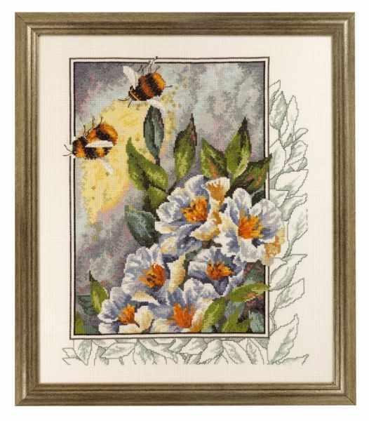 """70-4181 """"Пчелы в цветах"""""""