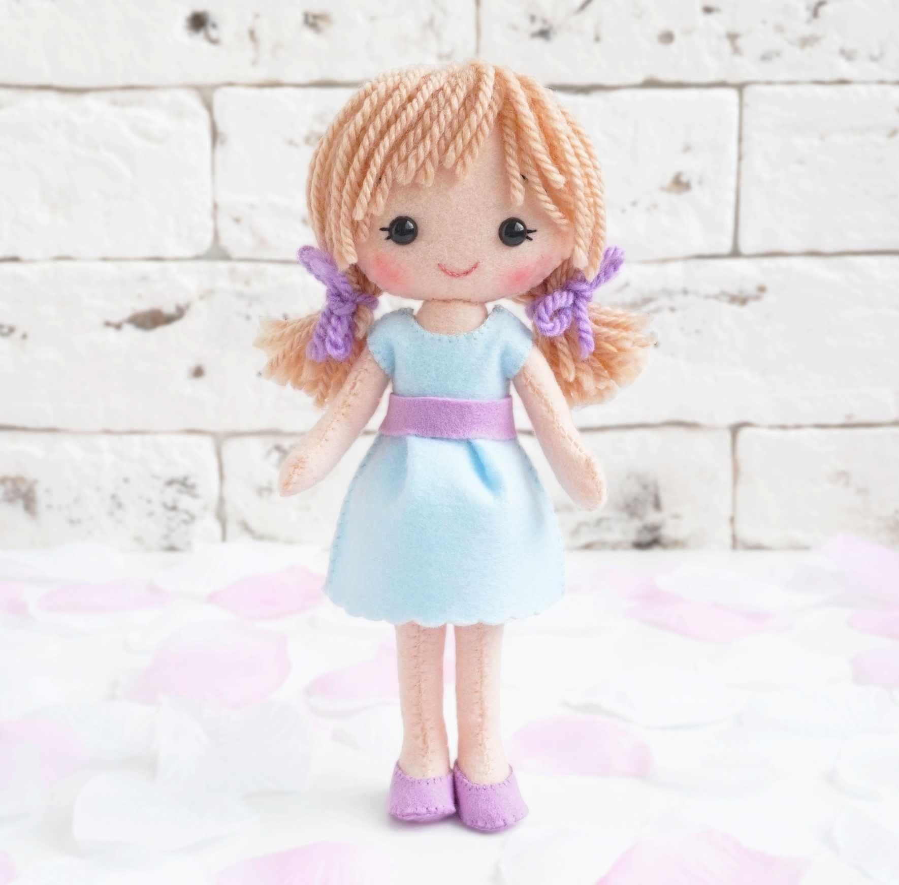05-36 Кукла Катенька