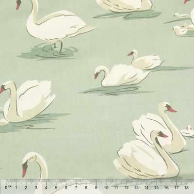 к111 лебеди мятный фон (50*80 см)