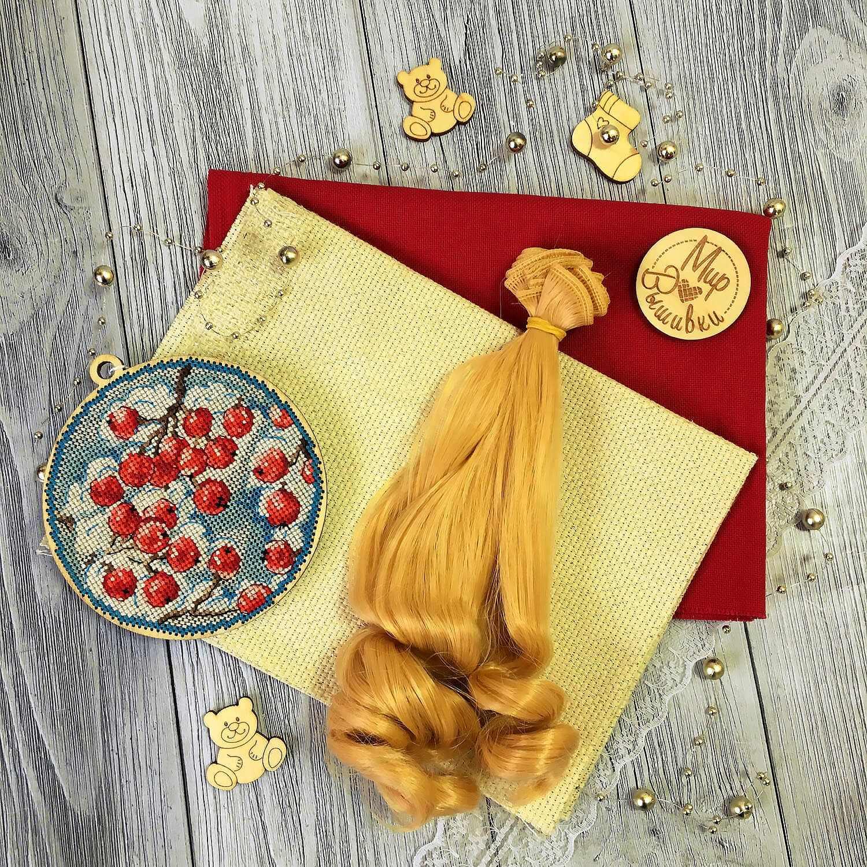 Волосы локон 15 см, золотой блонд