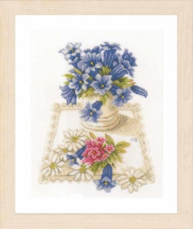 PN-0169670 Blue flowers (Lanarte)