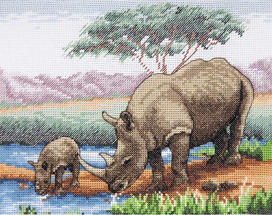 PCE966 Носороги