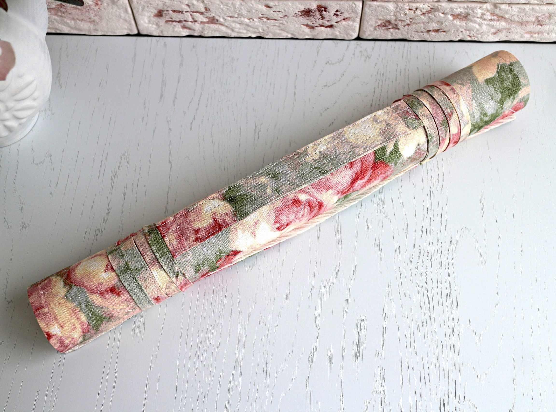 Акварельные розы - ролл для вышивки