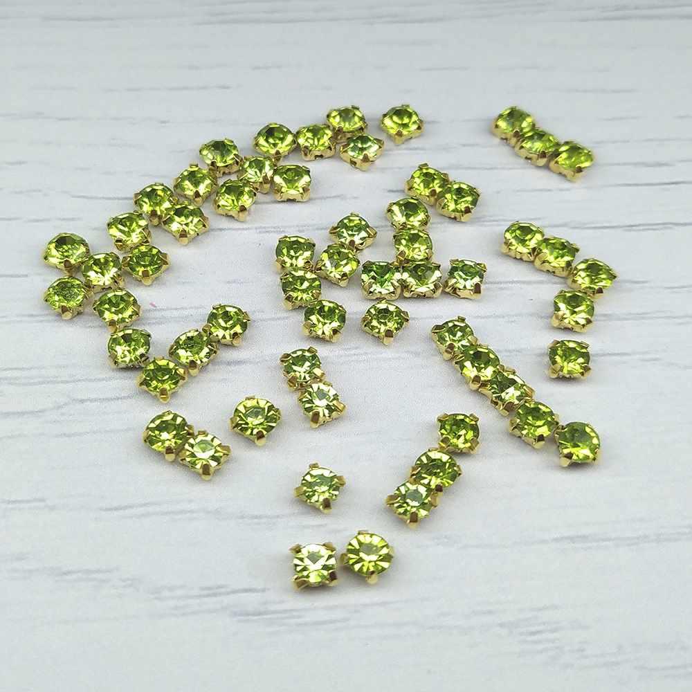 ЗЦ015НН44 Хрустальные стразы в металлических цапах (Золото) Зеленый 4х4 мм 29-30 шт/упак.