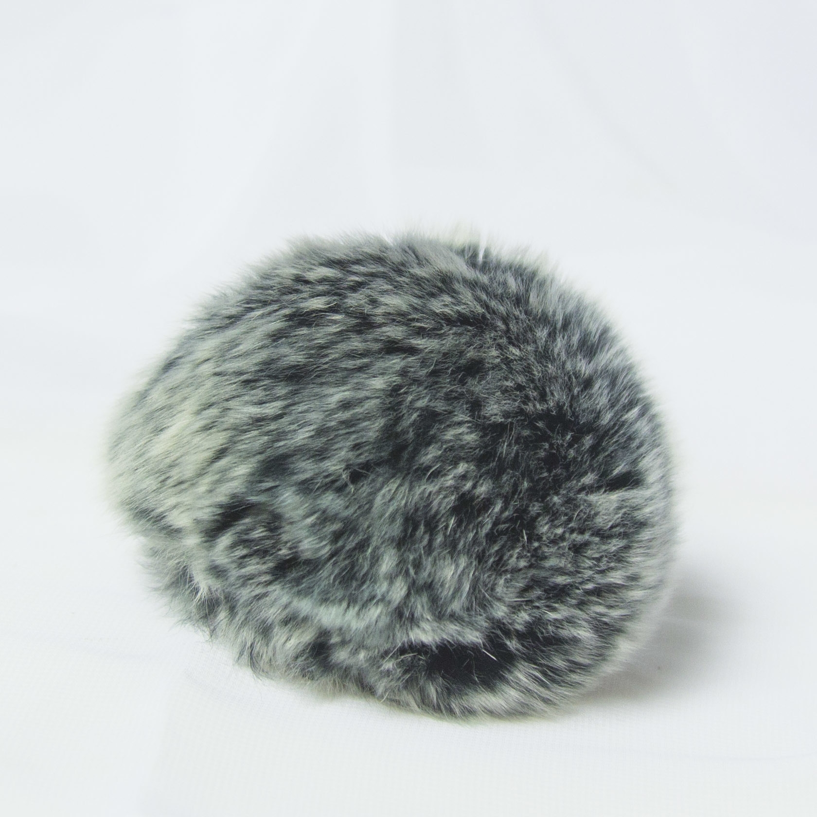 Помпон D6-9 мех кролик Цвет.03 Т.серый
