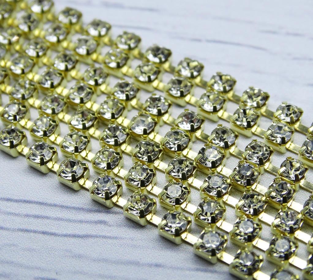 ЦС001ЗЦ3 Стразовые цепочки (золото), цвет: белый, размер 3 мм, 30 см/упак.