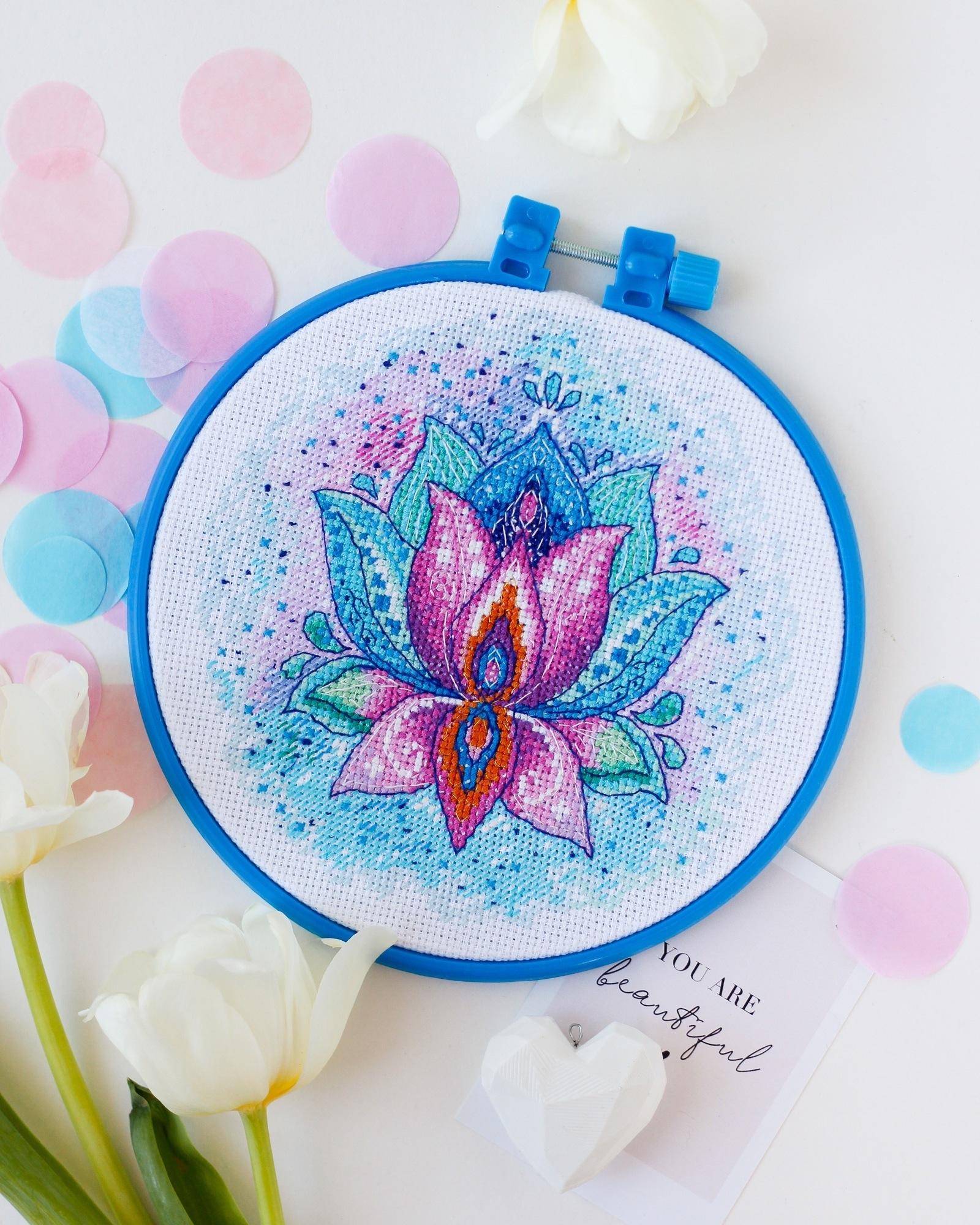 АНМ-046 Цветок Счастья