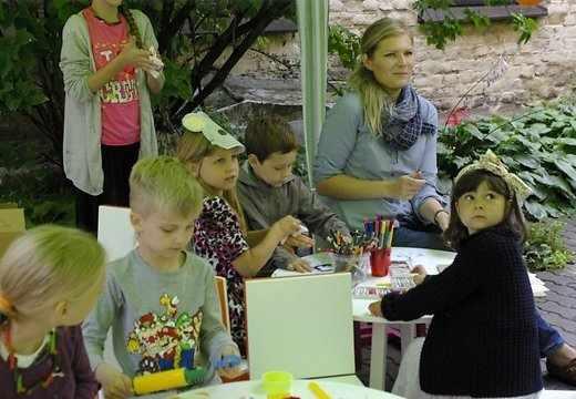 """В Риге открыли """"Десерт для души"""" для детей и их родителей"""