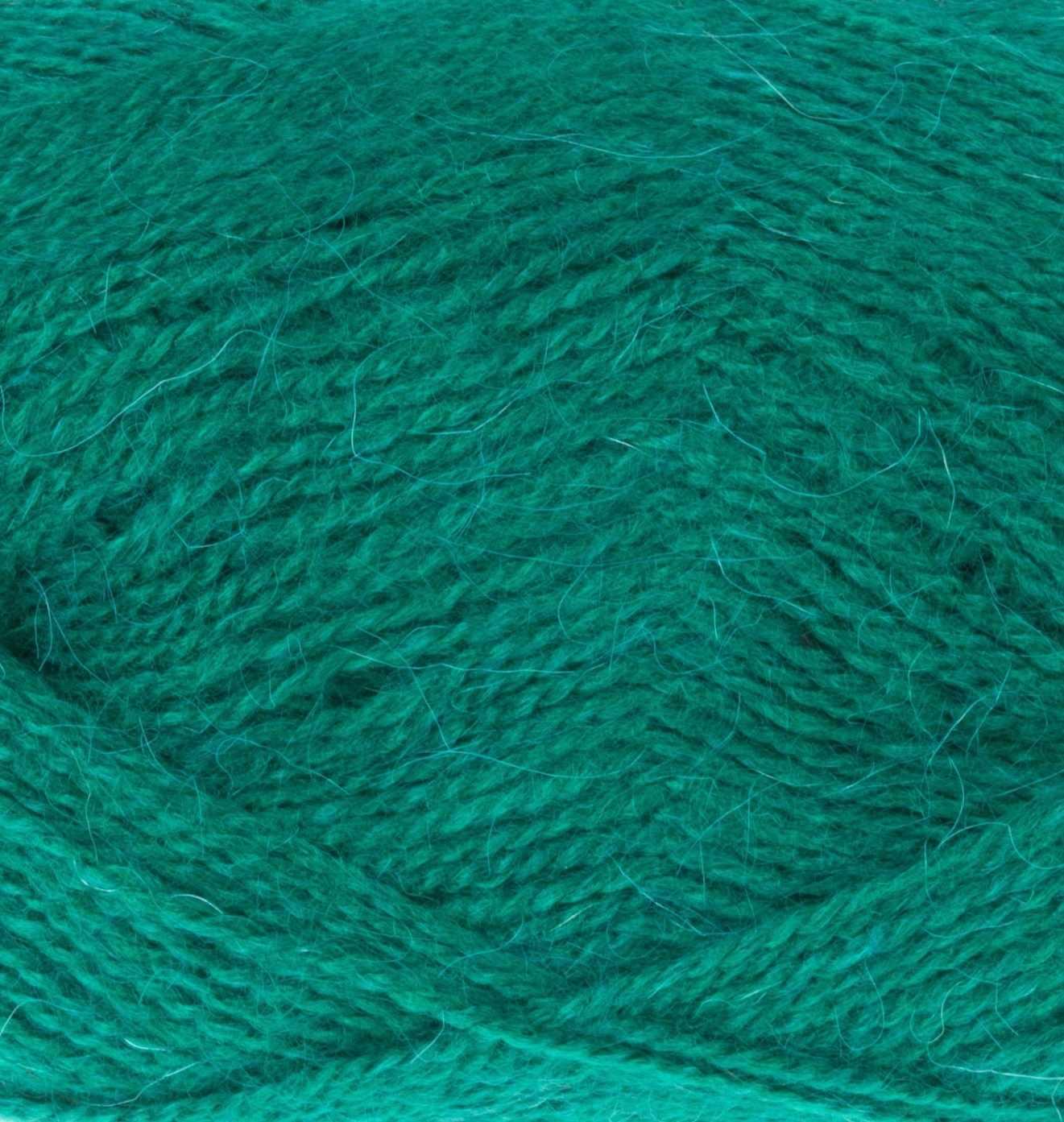 Пряжа Пехорка Великолепная Цвет.573 Т.изумруд