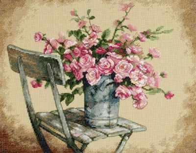 Набор для вышивания Dimensions 35187-DMS Розы на белом стуле