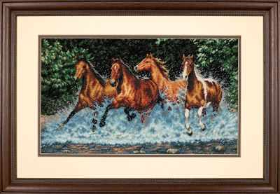 35214 DMS Бегущие лошади